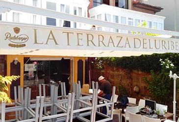 Instalación toldo en La Terraza del Uribe, Bilbotoldo